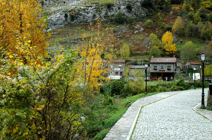 Cain valde n le n parque nacional de picos de europa - Lugares de madrid con encanto ...