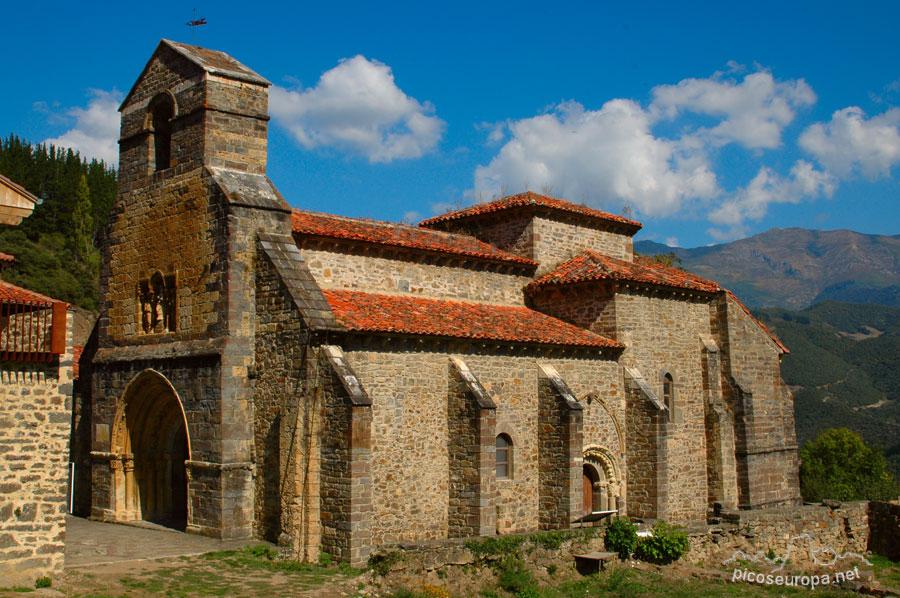 Iglesia y pueblo de piasca la liebana cantabria - Casas de pueblo en cantabria ...