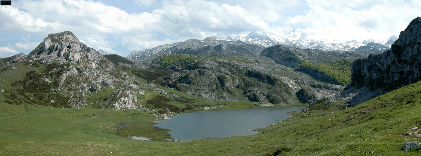 Panoramica lago ercina covadonga cangas de onis for Oficina turismo cangas de onis