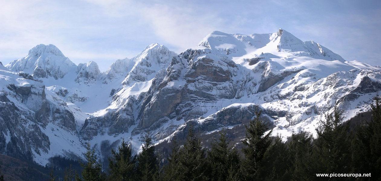 Panor mica del pico aspe pirineos francia - Casa en el pirineo ...