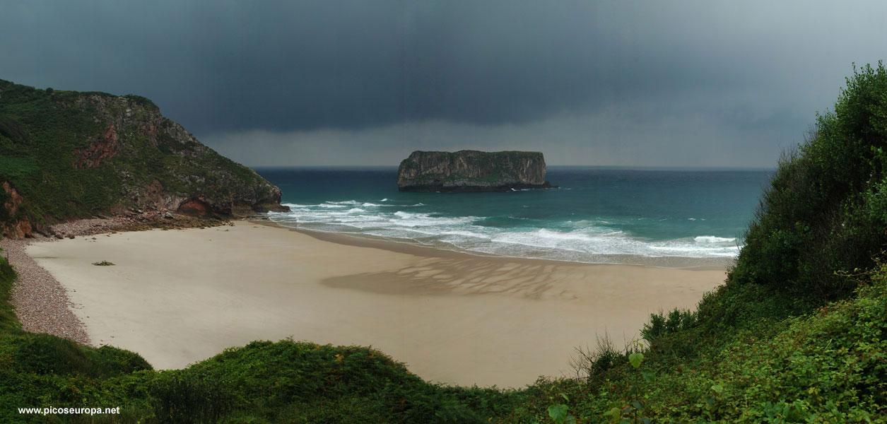 Playa De Andrin Concejo De Llanes Asturias