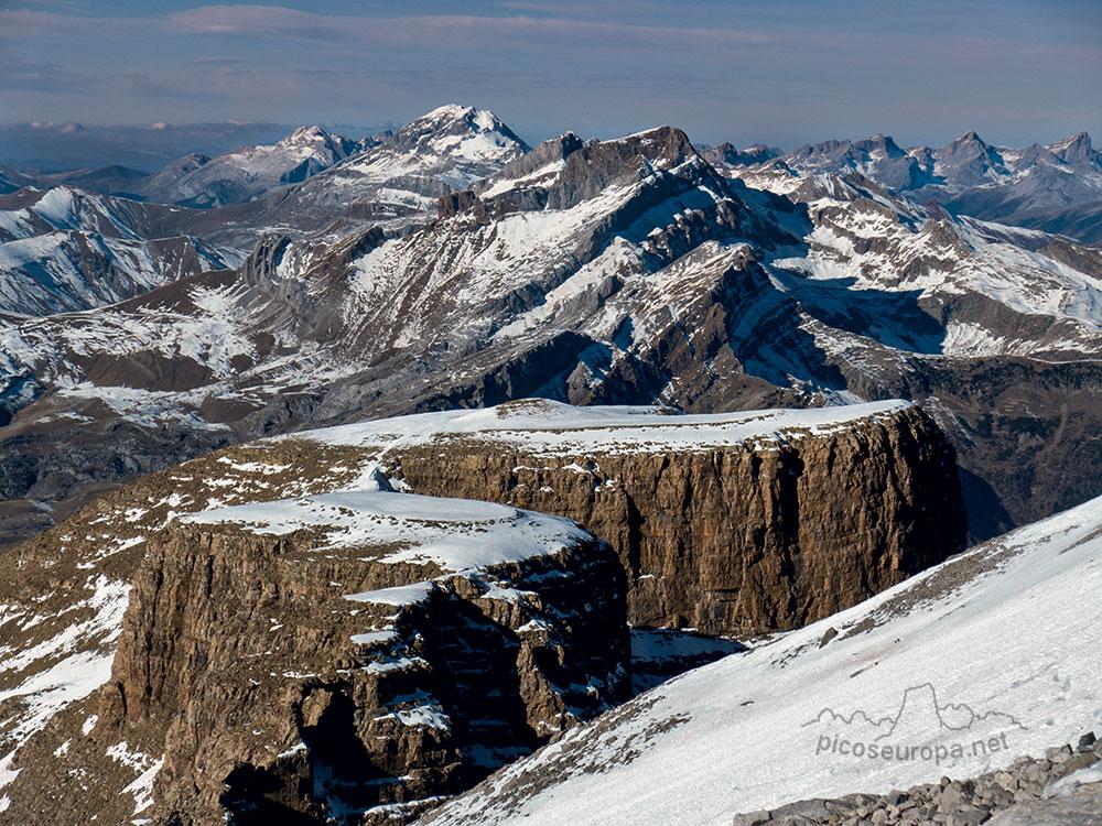 Fotos, ruta y track de Peña Collarada, Pirineos de Huesca, Aragón